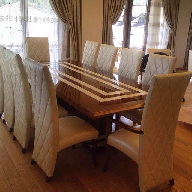 Flat Dining Room Set